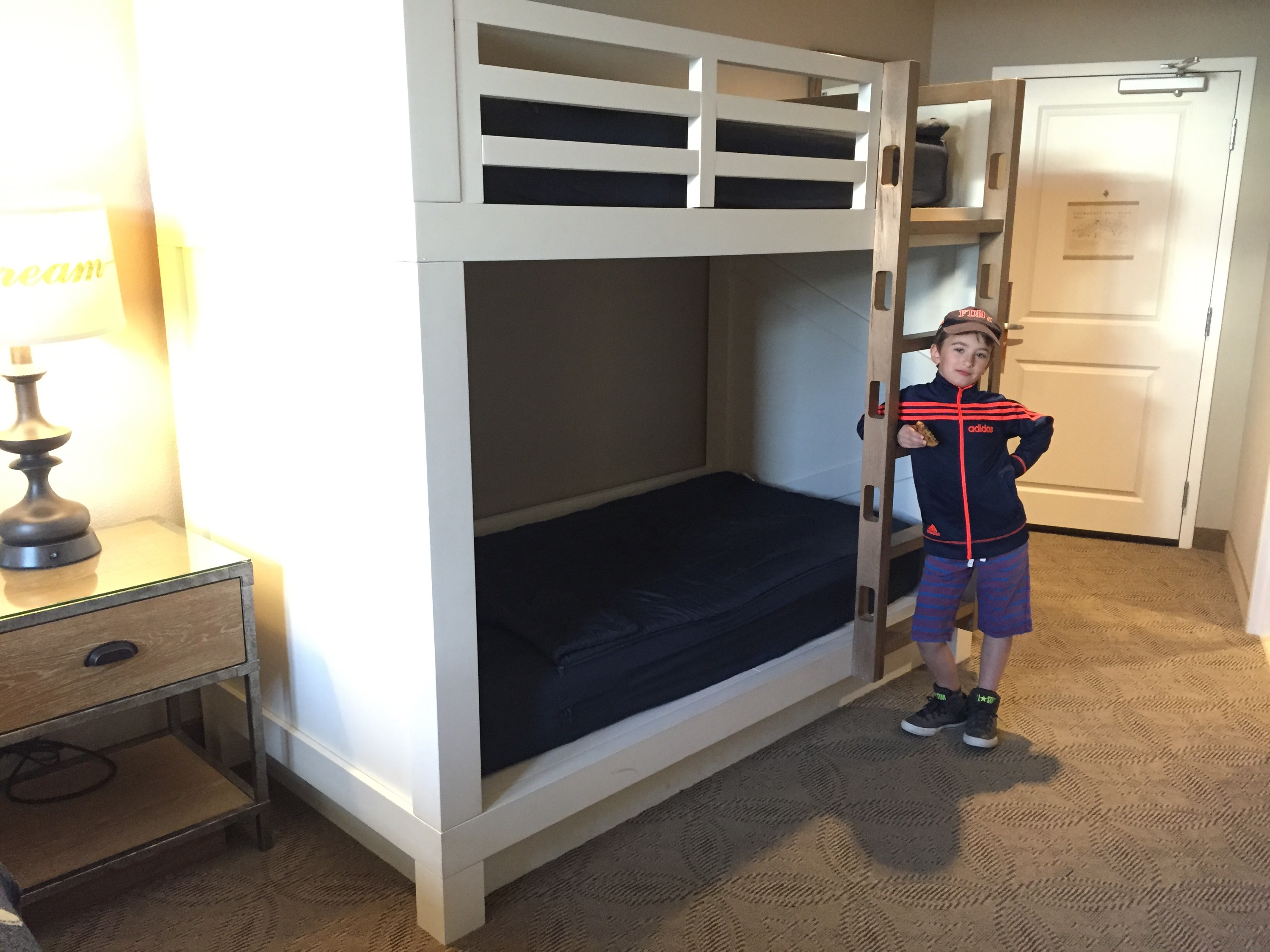 Dollywood Dreammore Resort Bunk Beds