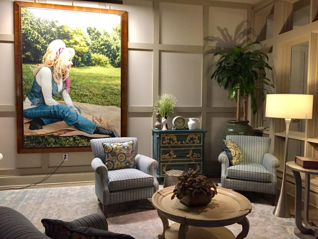 Dollywood+DreamMore+Resort+lobby